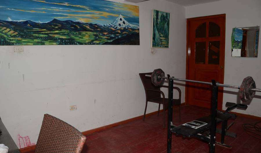 Find cheap rooms and beds to book at hostels in Cusco