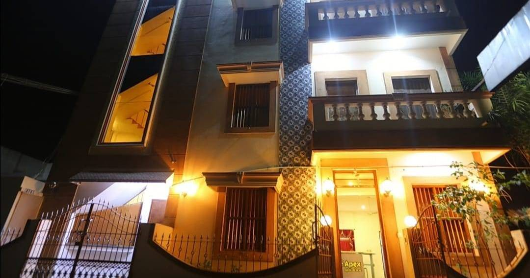 cheap hostels in Pondicherry